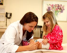 Ребенок у дерматолога