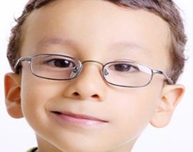 От чего у детей портится зрение