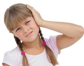 Ребенок стал плохо слышать
