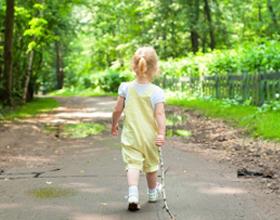 Прогулка ребенка