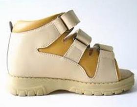 Ортопедический ботинок