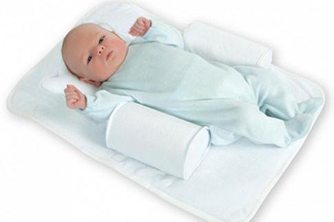 Подушка с углублением посередине