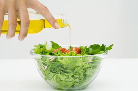 Оливковое масло в салат